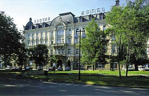 Hotel Slovan.jpg
