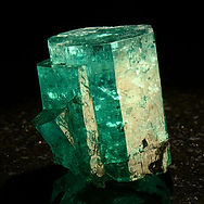 green-beryl-mineral.jpg