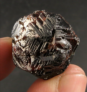 Etched Natural Garnet.png