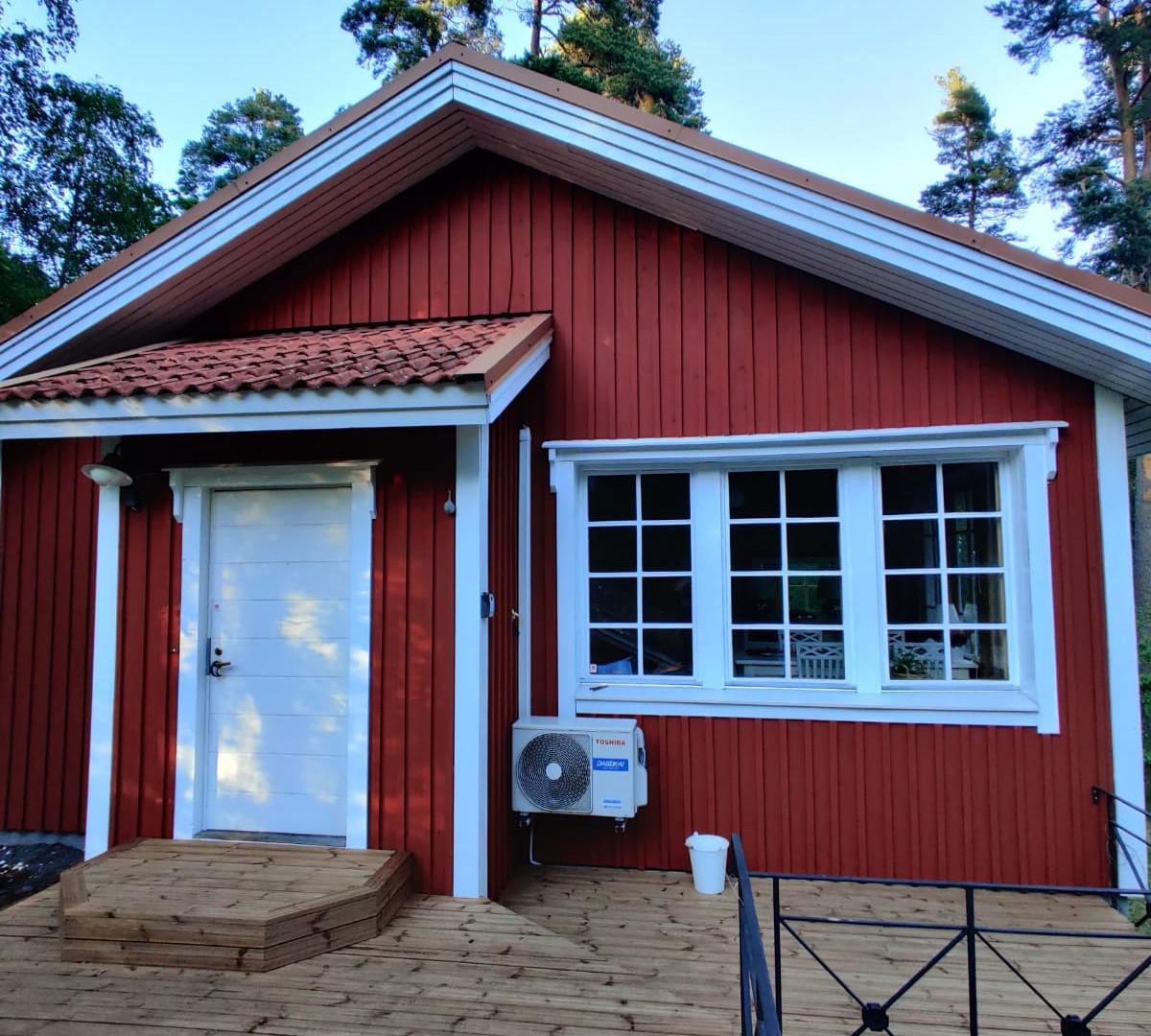 Talon maalaus ja terassin rakentaminen