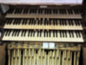 Organ Manuals & Pedals.jpg
