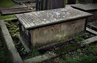 Lt Col Harry Shum grave.jpg