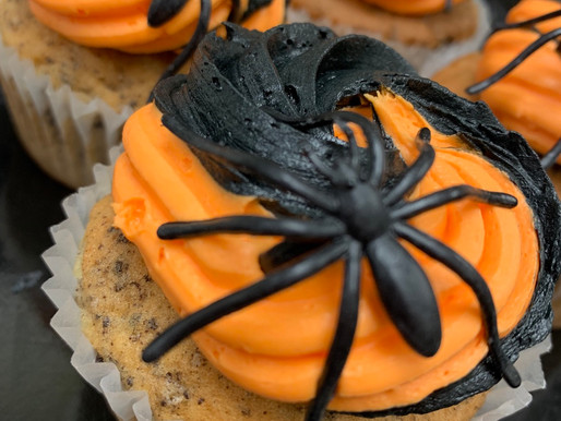 HALLOWEEN CUPCAKES  place your orders now!! 508-858-5037
