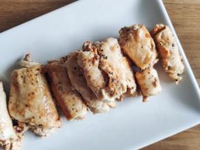 Rollitos de pollo rellenos de feta y tomate seco