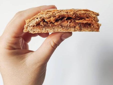 Empanada casera de espelta integral y costilla de cerdo glaseada a baja temperatura