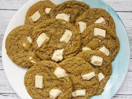 Cookies de té matcha y chocolate blanco sin azúcar