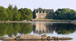 Chateau_de_comper_Concoret_modifié.jpg