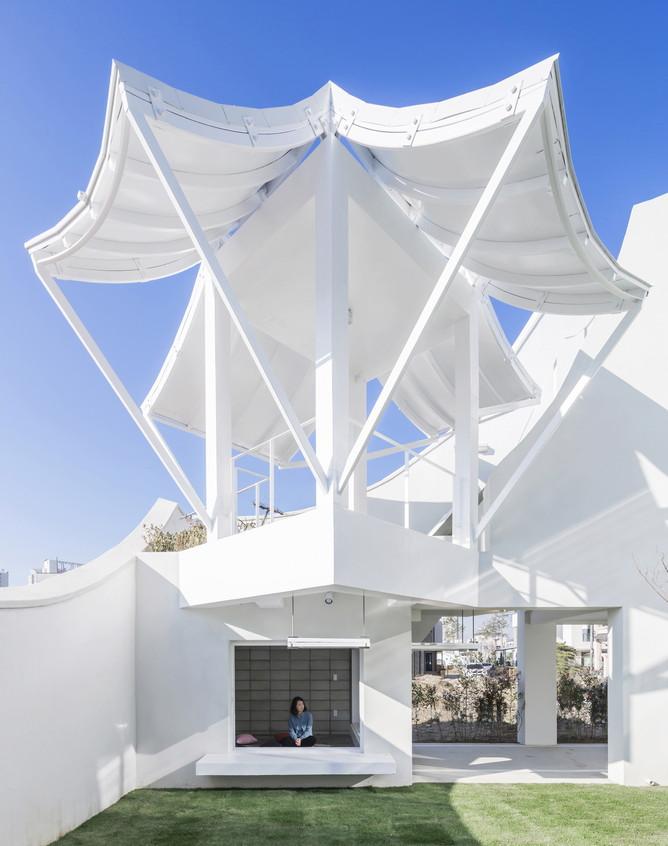 Flying house exterieur jardin1