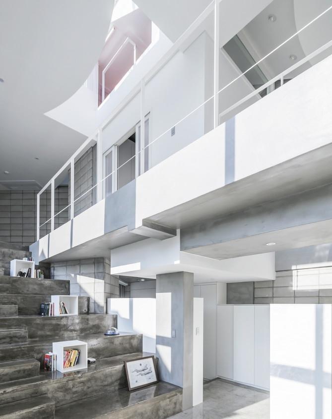 Flying house interieur escalier