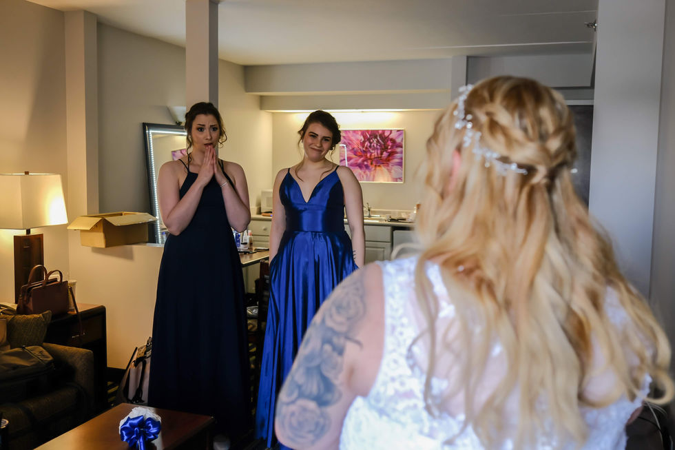 1. Bride getting ready-34.jpg