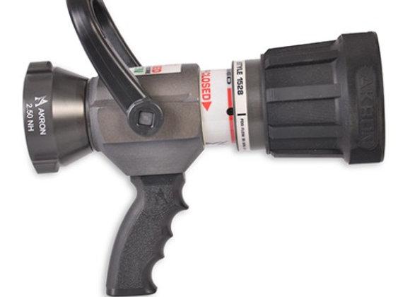 Akron Style 1528 High-Range SaberJet Nozzle with Pistol Grip