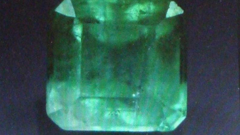 0.94 Carat Natural Loose Columbian Emerald Gemstone Stone For Sale Real Price