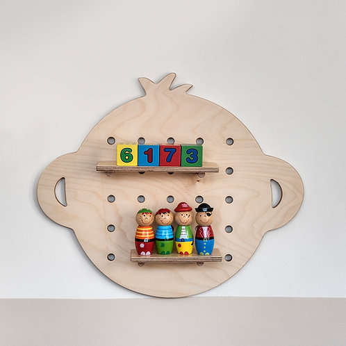 מדף מעוצב לחדר ילדים