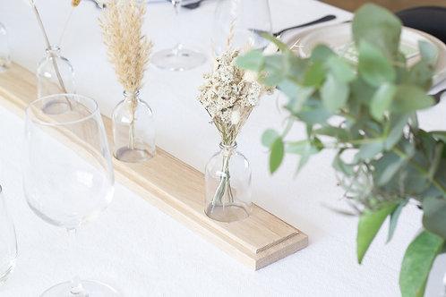 מעמד מעץ לשולחן