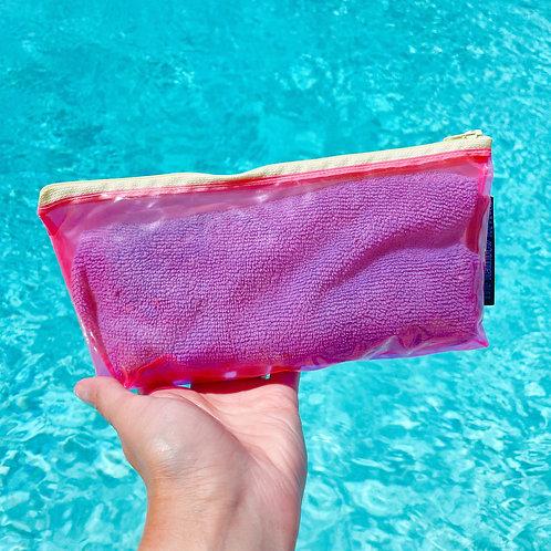 Translucent Pink Small Pouch / Petite pochette rose translucide