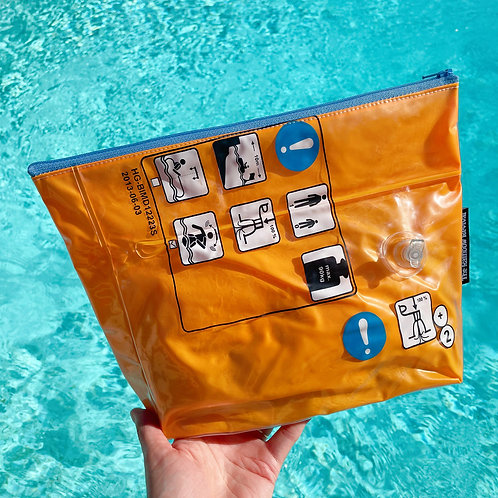 Orange Hazards Large Pouch / Grande Pochette Hazards Orange