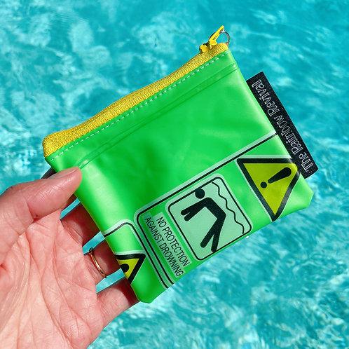 Green Hazards Money Pouch / Pochette à Monnaie Vert Hazards