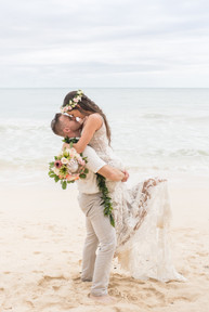792040_simple-oahu-wedding-70.jpg