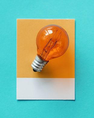 bulb-3370842_640.jpg