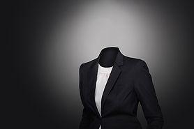 suit-2991514_640.jpg