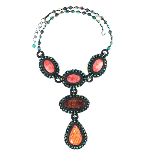 Spiny oyster statement necklace