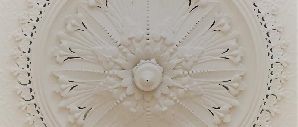 Studio ceiling rose