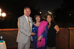 Irma Muñoz accepting award