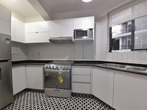 cocina irregular (3).jpeg