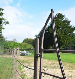 Estate gate 02