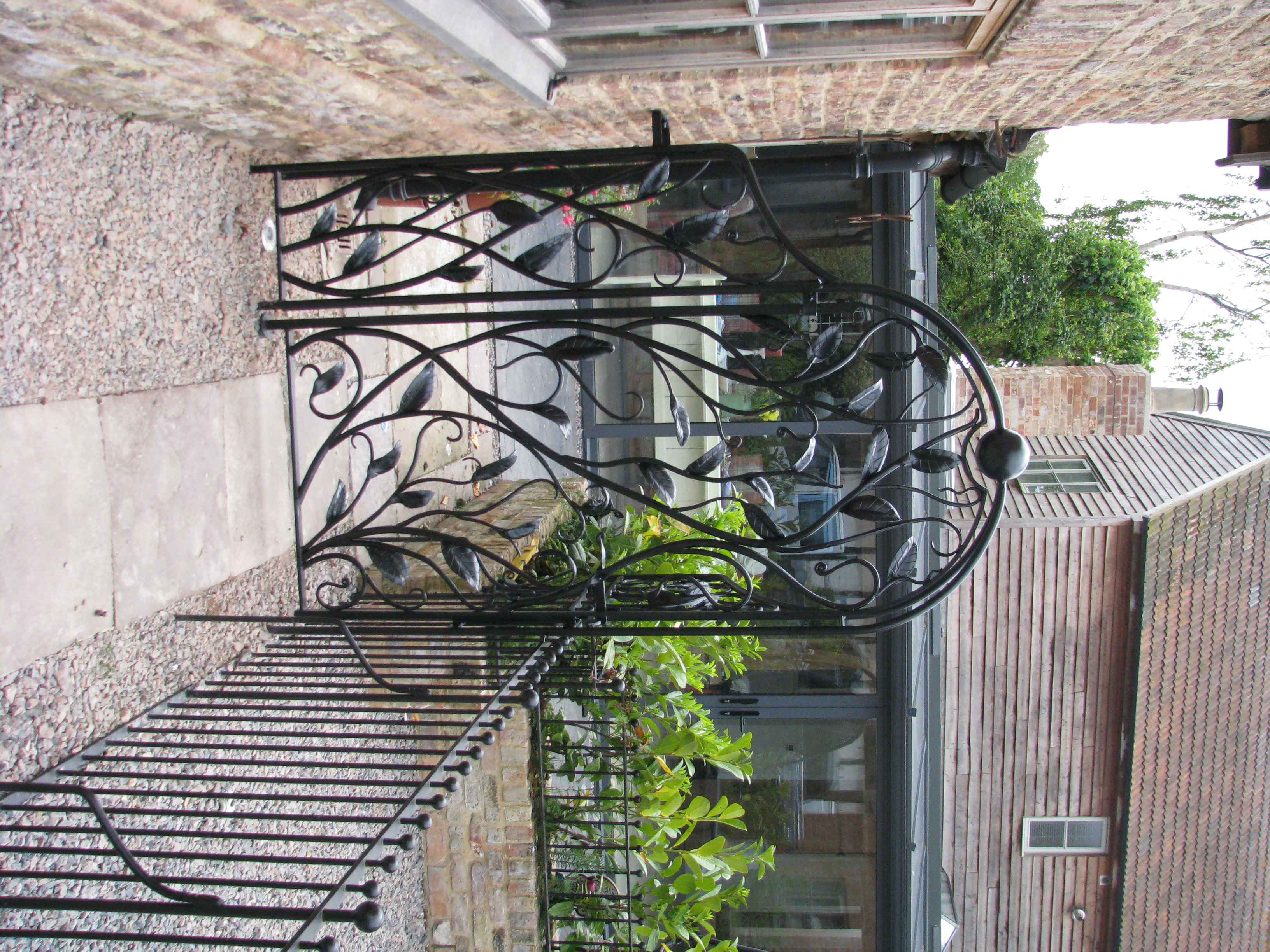 Forged garden leaf gate