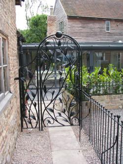 Forged garden leaf gate