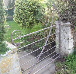 Estate gate 04