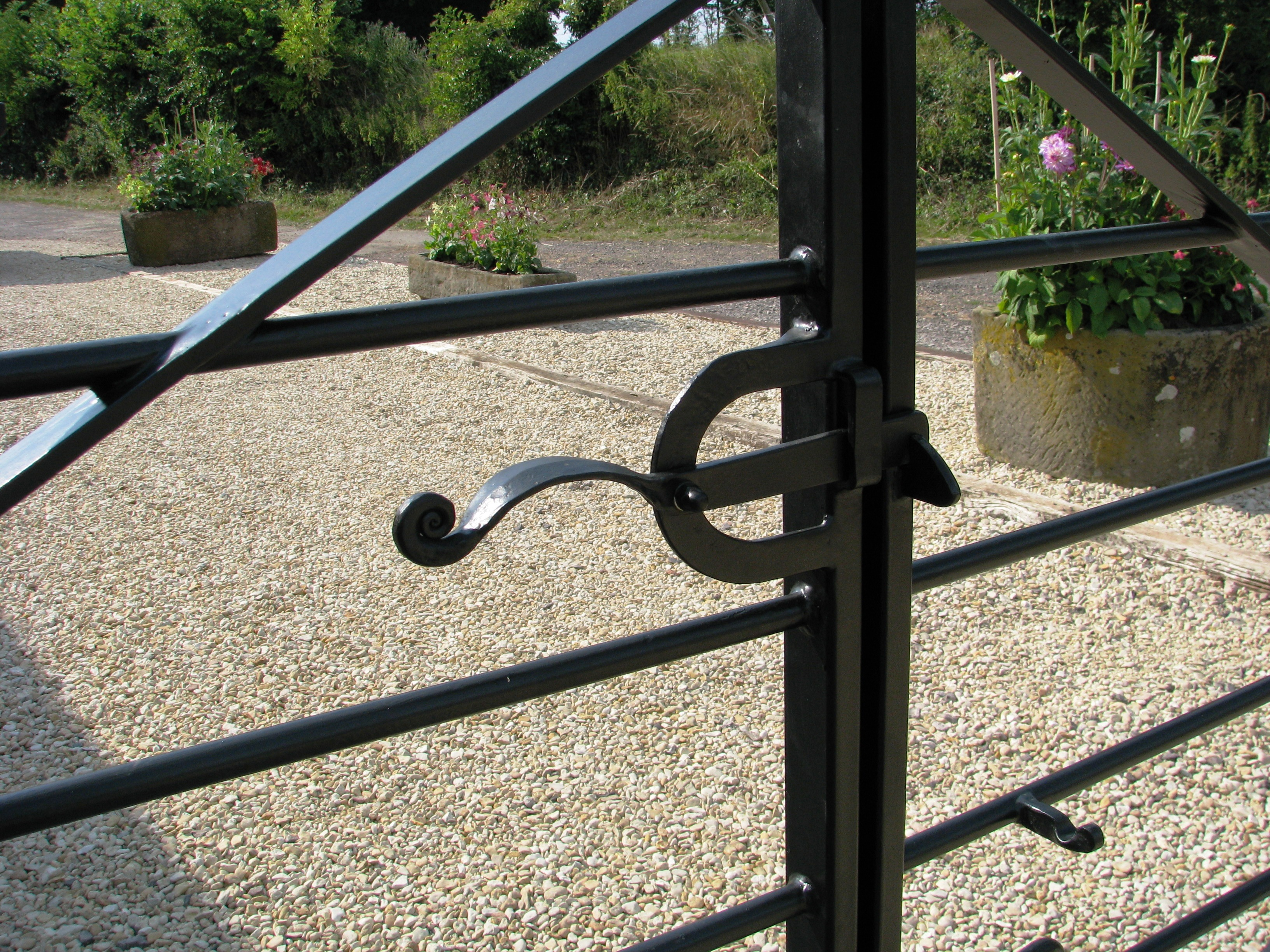 Farm style gate catch