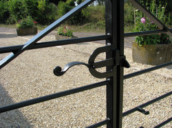 Farm style gate catch