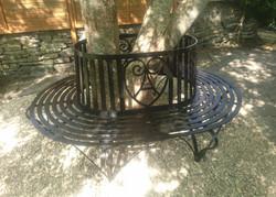 Tree Bench detail