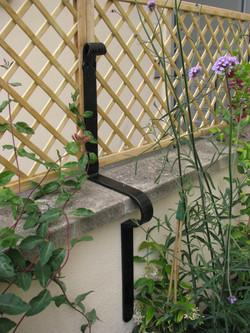 Deorative garden trellis brackets 02