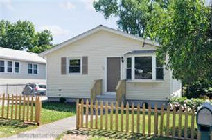 15 Hope Street , Cumberland, RI 02864 Sold by Circle100 Realtors
