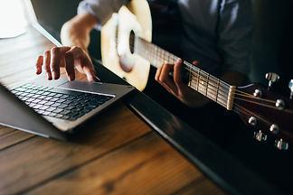 foto música on line 2.jpg