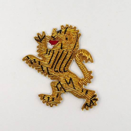 9372 Gold Textured Lion Motif
