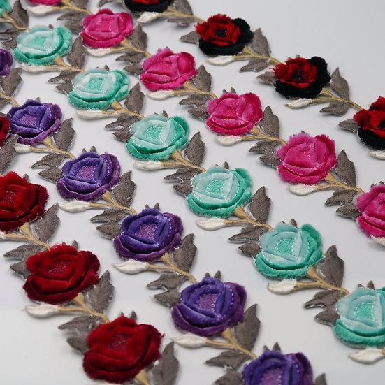 9085 Iron-on Chenille Flower Motif