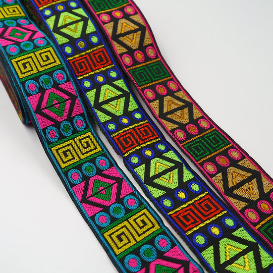 9855 35mm Aztec Inspired Patterned Braid
