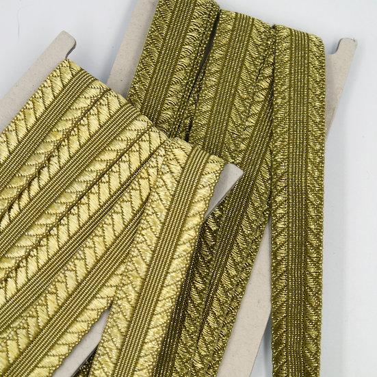 9760 Metallic Braid with Stitched Design