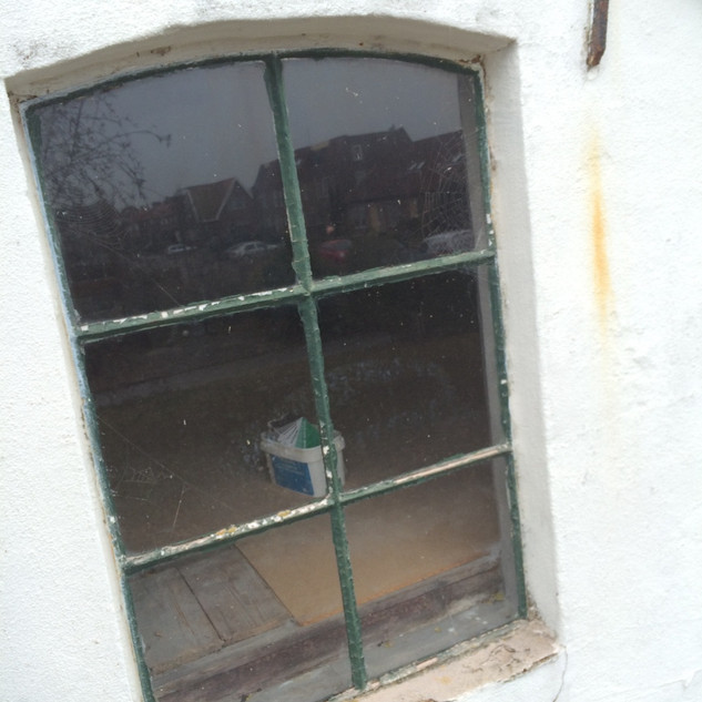 Te vervangen stalen raam