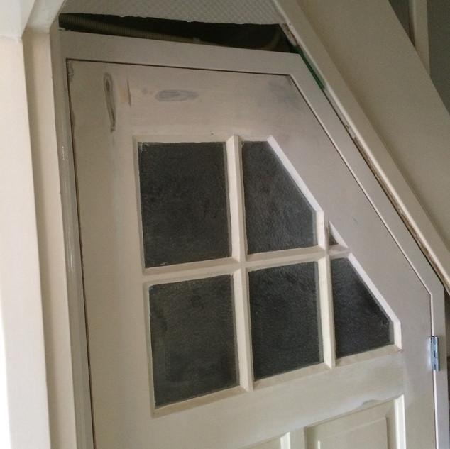 Oude deur wordt aangepast