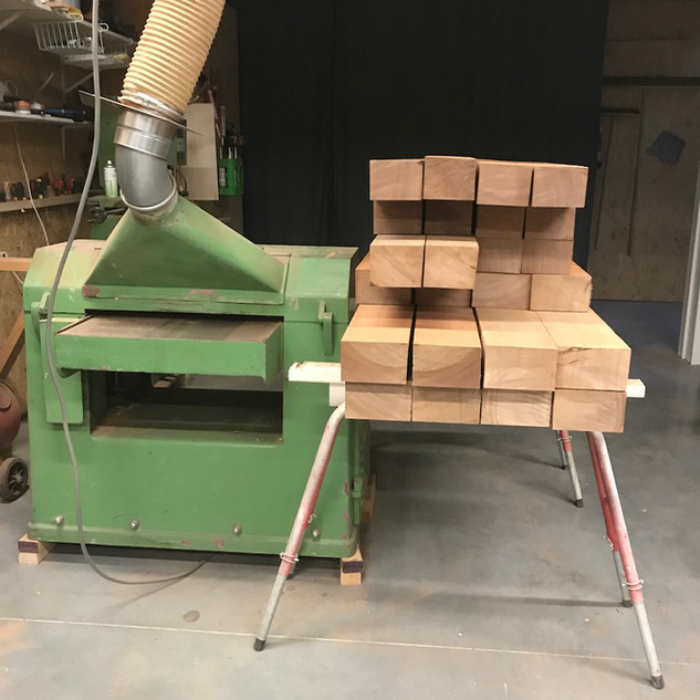 Schaven van zwaar hout