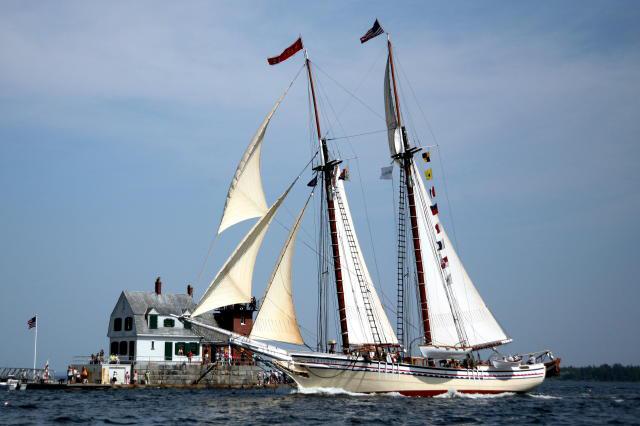 The schooner Heritage saililing past the Rockland Breakwater Lighthouse  Photo: Carol Latta
