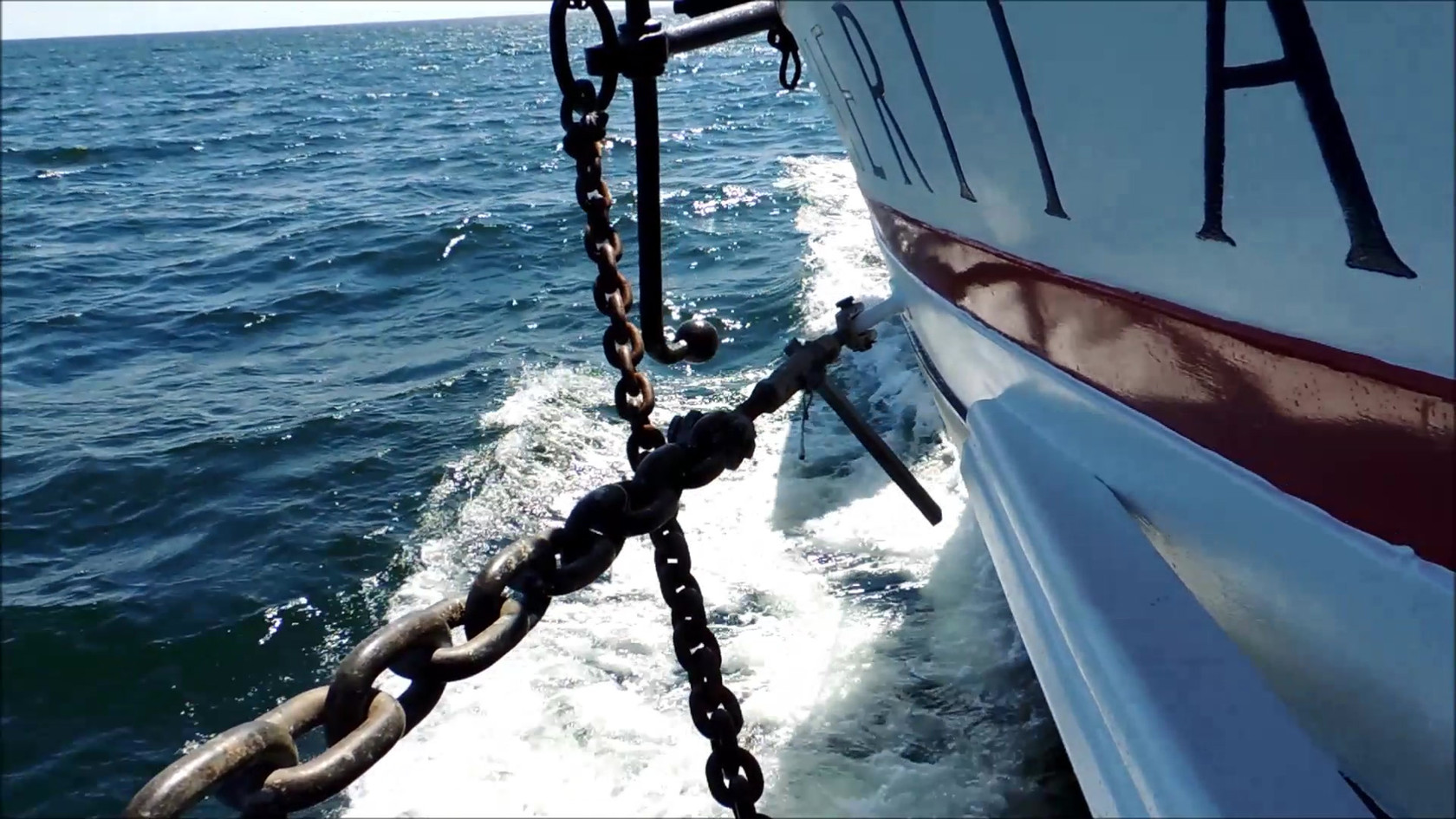 Heritage bow wake. Charging up the bay! Video: Dick Loehr