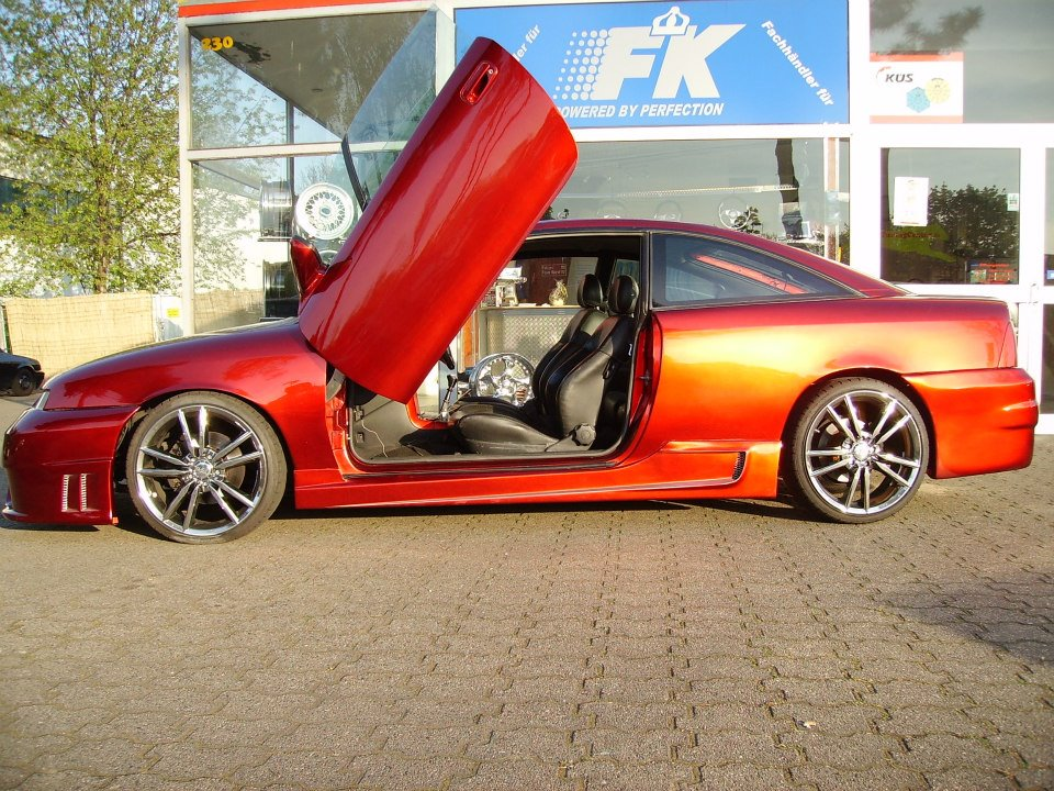Flügeltüren a la Lamborghini