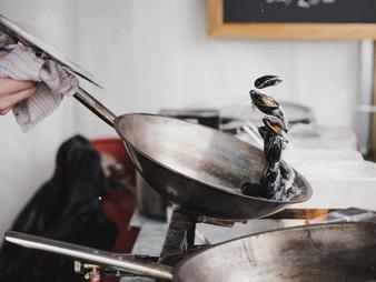 Ocho formas para deshacerse del aceite de cocina de forma responsable