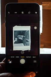 using iphone to photography medium format hasselblad 120 roll film negatives